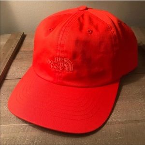 Men's orange The North Face norm hat, brand new!